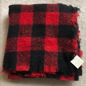Altar'd State buffalo check plaid blanket scarf